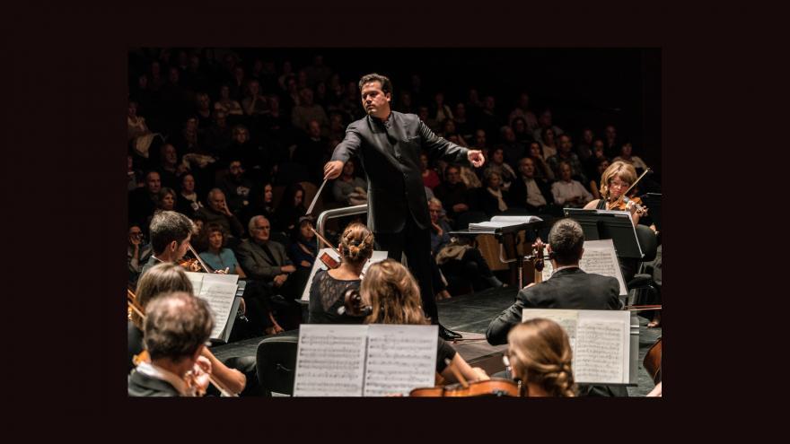 Robert Treviño exhibe su especialidad en Mahler